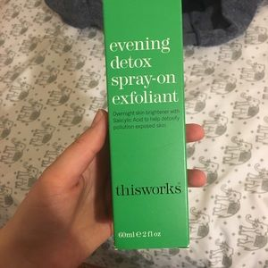 Thisworks exfoliant spray